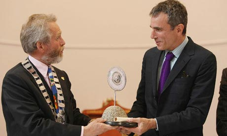 from left: Wicklow council chairman Derek Mitchell and Daniel Day-Lewis