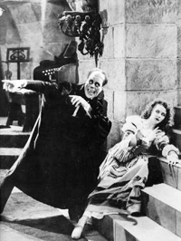 (from left) Lon Chaney and Mary Philbin in The Phantom of the Opera