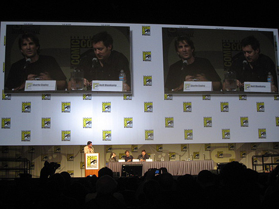 (from left) moderator, Peter Jackson, Sharlto Copley and Neill Blomkamp at the 2009 San Diego Comic-Con International