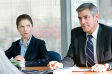 (from left) Anna Kendrick and George Clooney in Up in the Air