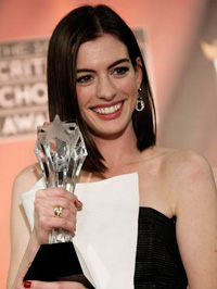 Anne Hathaway at the 2009 Critics Choice Awards