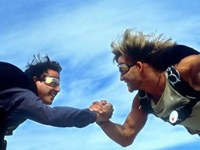 (from left) Keanu Reeves and Patrick Swayze in Point Break