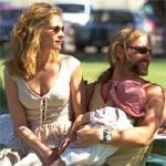 Julia Roberts and Aaron Eckhart in Erin Brockovich