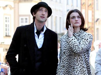Adrien Brody and Rachel Weisz in The Brothers Bloom