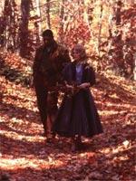Dennis Haysbert and Julianne Moore in Far From Heaven
